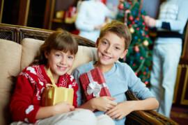 Få gang i familiens julehygge med nærvær og traditioner