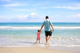 Sådan gør du strandturen med familien helt perfekt