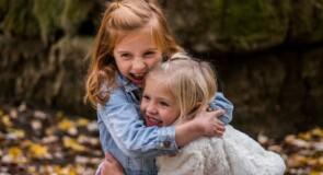 Skal børnene vokse op i byen eller på landet?