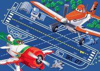 gulvtaeppe-boernevaerelset-flyvemaskiner-disney