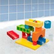 legetoej-til-badekar-klodser