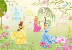 tapet-boernevaerelset-disney-prinsesser